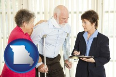missouri map icon and injured person consulting with a personal injury attorney